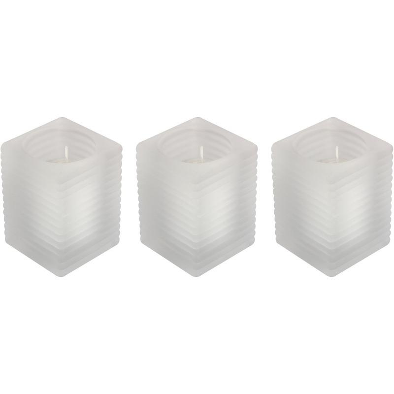 3x Matte kaarsenhouders met kaars 7 x 10 cm 24 branduren