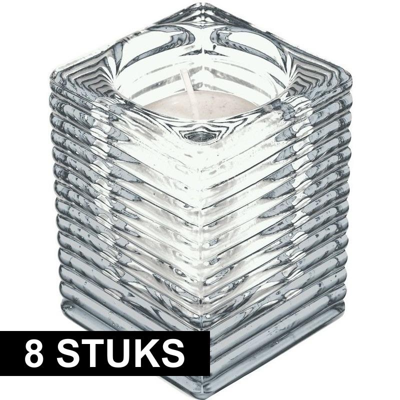 8x Transparante kaarsenhouders met kaars 7 x 10 cm 24 branduren