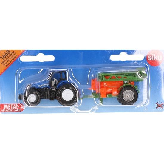 Blauwe tractor met veldspuit
