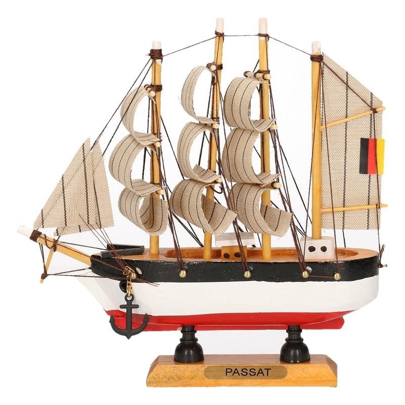 Decoratie zeilboot Passat 16 cm